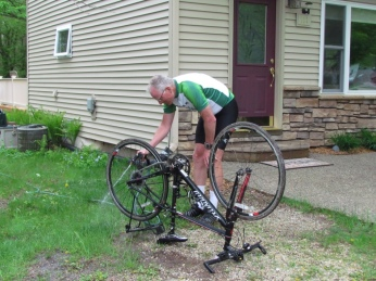 Rich cleaning off our bikes