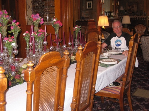 Rich at the long breakfast table