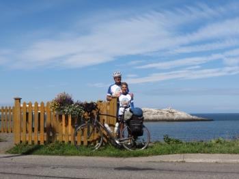 The road through Metis-sur-Mer