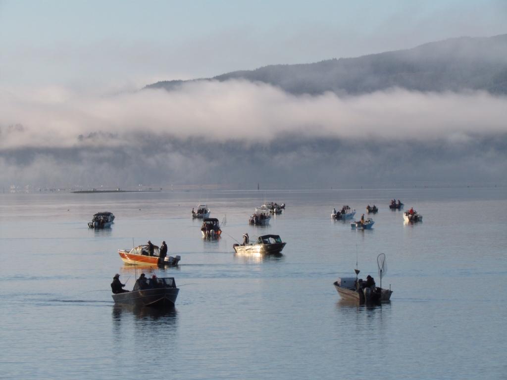 Keeping fit superior footprints for Tillamook bay fishing