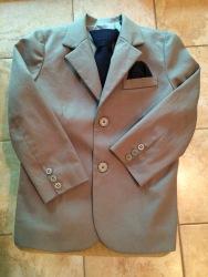 Ben's suit coat