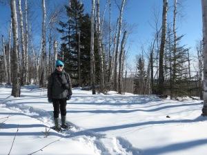 Susan snowshoeing SHT