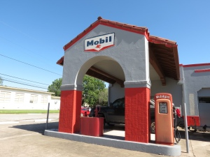 Gonzales Mobile station