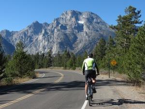 R biking Jenny Lake